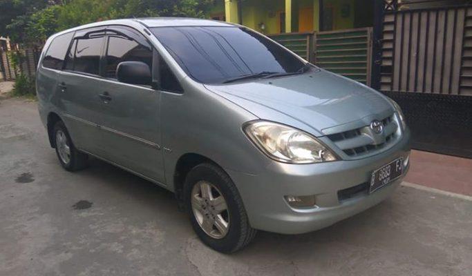 Mobil Bekas Toyota Innova G 2005