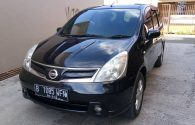 Mobil Bekas Nissan Grand Livina XV 2011 Matic (hitam)